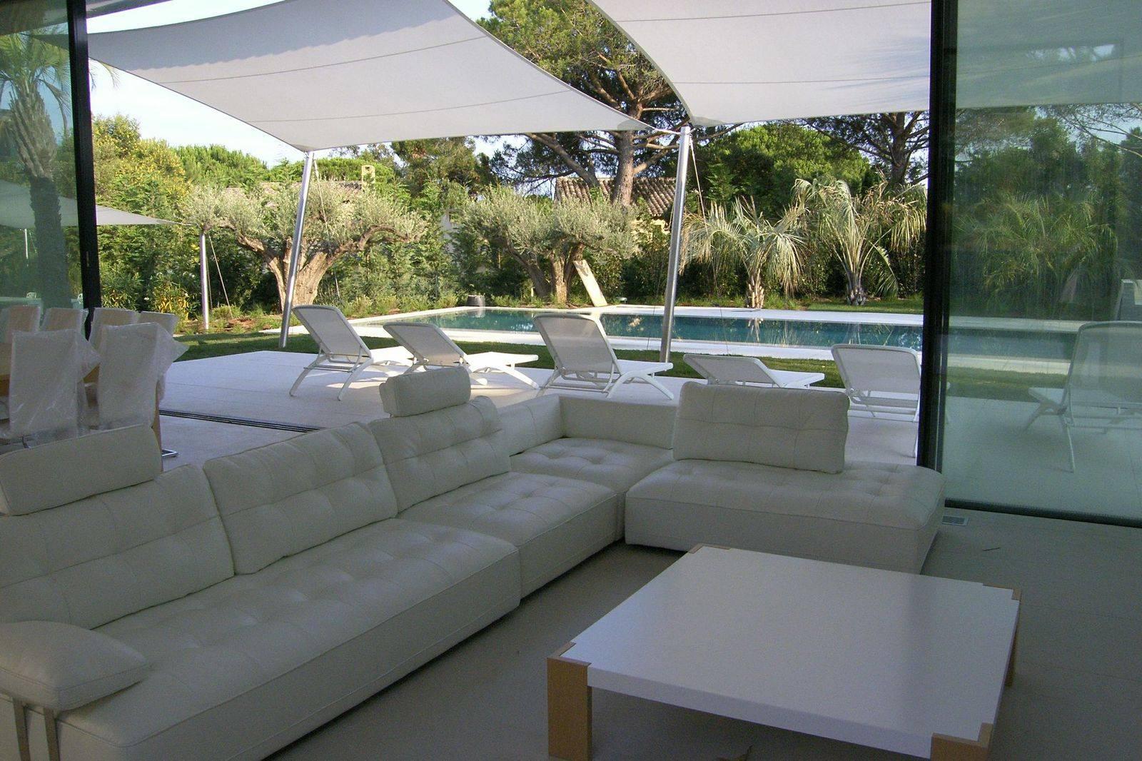 villa epi le luxe trop zien architecte ugo architecture menuiserie aluminium et acier et. Black Bedroom Furniture Sets. Home Design Ideas