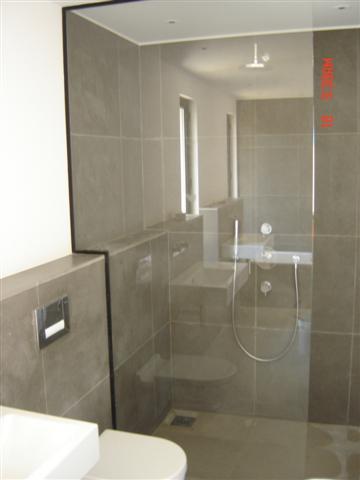 cabines de douche architectes cabinet sauzet gouzy vincent coste menuiserie aluminium. Black Bedroom Furniture Sets. Home Design Ideas