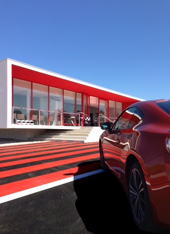 DRIVING CENTER - Circuit PAUL RICARD - Architecte : Thierry LOMBARDI